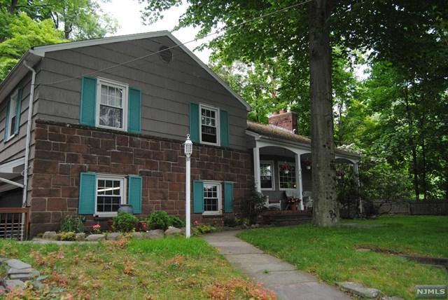 44 Mountain Avenue, Westwood, NJ 07675 (MLS #1838694) :: William Raveis Baer & McIntosh