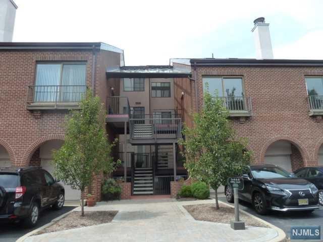 6 Millay Court #6, Teaneck, NJ 07666 (#1838898) :: Group BK