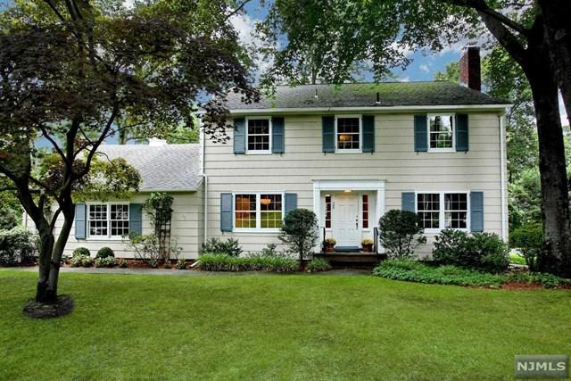 385 Manchester Road, Ridgewood, NJ 07450 (#1838924) :: RE/MAX Properties