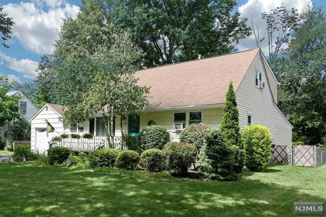 156 Spring Lane, Paramus, NJ 07652 (MLS #1839090) :: William Raveis Baer & McIntosh