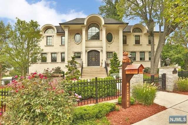 4 Palmer Place, Leonia, NJ 07605 (#1839102) :: Group BK