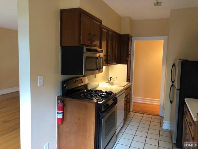 100 E Palisade Avenue C24, Englewood, NJ 07631 (#1839177) :: Group BK