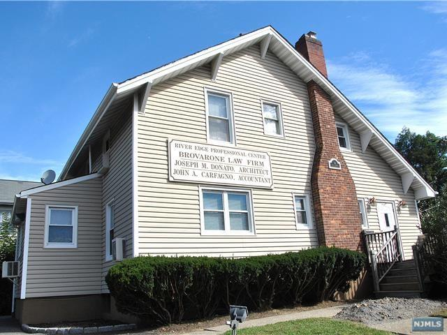 14 Route 4, River Edge, NJ 07661 (MLS #1839437) :: The Dekanski Home Selling Team