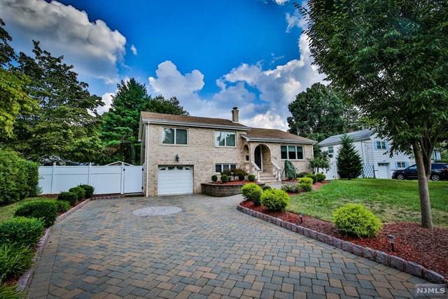 742 Bush Place, Paramus, NJ 07652 (MLS #1839541) :: William Raveis Baer & McIntosh