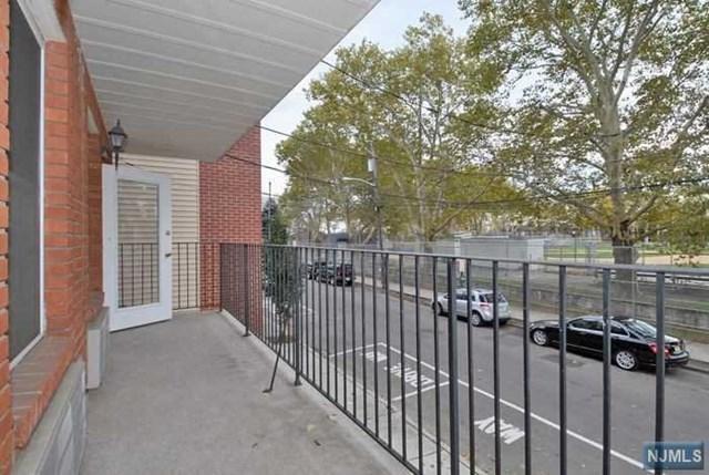 512 2nd Street 2A, Union City, NJ 07087 (MLS #1839701) :: The Sikora Group