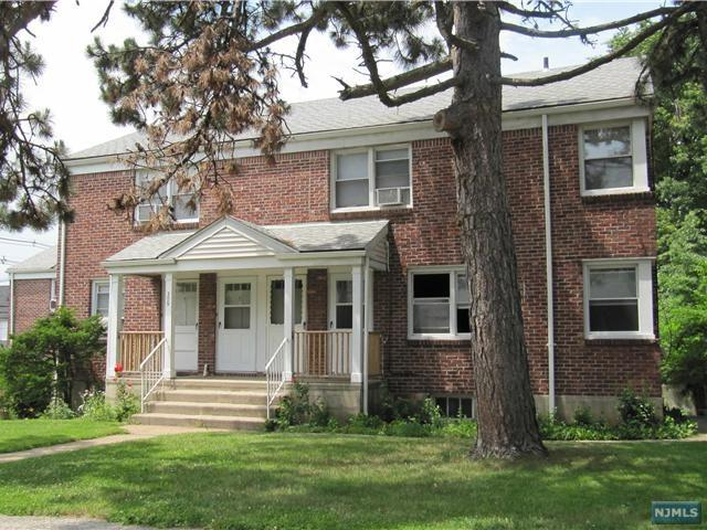 309 Hillside Avenue #8, Palisades Park, NJ 07650 (#1839753) :: Group BK