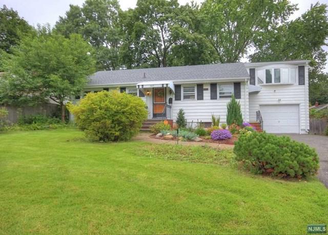 305 Hill Terrace, Northvale, NJ 07647 (MLS #1839835) :: William Raveis Baer & McIntosh