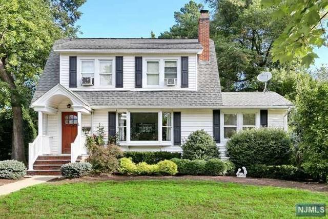 686 Oradell Avenue, Oradell, NJ 07649 (MLS #1839976) :: William Raveis Baer & McIntosh