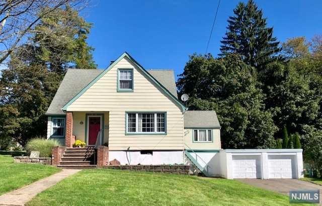 60 Beech Street, Cedar Grove, NJ 07009 (MLS #1840474) :: William Raveis Baer & McIntosh