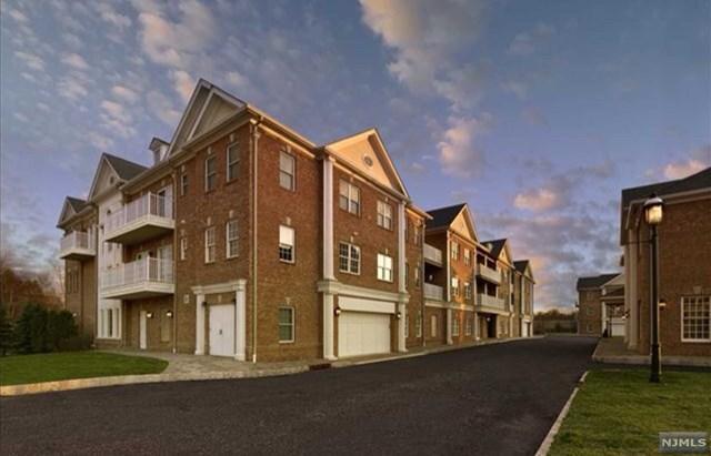160 Rio Vista Lane #160, Northvale, NJ 07647 (MLS #1840564) :: William Raveis Baer & McIntosh