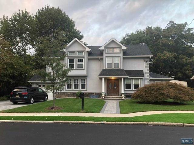 231 Vreeland Avenue, Leonia, NJ 07605 (MLS #1840774) :: The Dekanski Home Selling Team