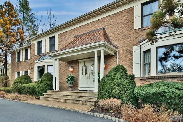 712 Cottonwood Drive, Franklin Lakes, NJ 07417 (MLS #1840991) :: William Raveis Baer & McIntosh