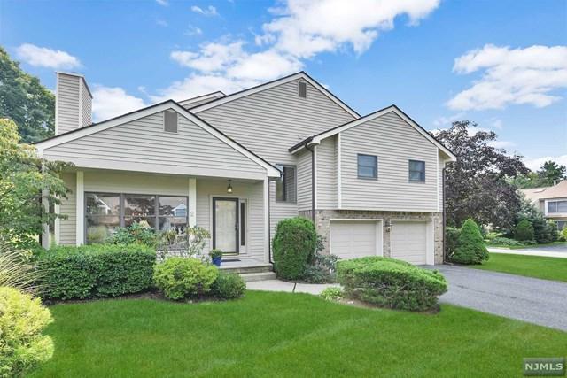 2 Bentley Drive, Franklin Lakes, NJ 07417 (MLS #1841183) :: The Dekanski Home Selling Team