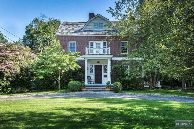 390 Harland Avenue, Haworth, NJ 07641 (MLS #1841543) :: William Raveis Baer & McIntosh
