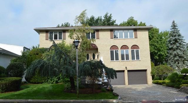 288 Center Street, Englewood Cliffs, NJ 07632 (MLS #1841550) :: The Dekanski Home Selling Team
