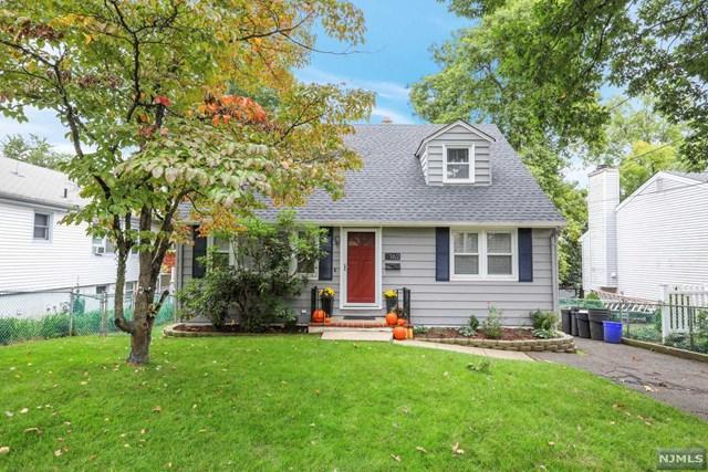 162 8th Street, Cresskill, NJ 07626 (MLS #1841782) :: The Dekanski Home Selling Team