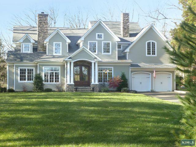 61 Stony Ridge Road, Saddle River, NJ 07458 (MLS #1841811) :: William Raveis Baer & McIntosh