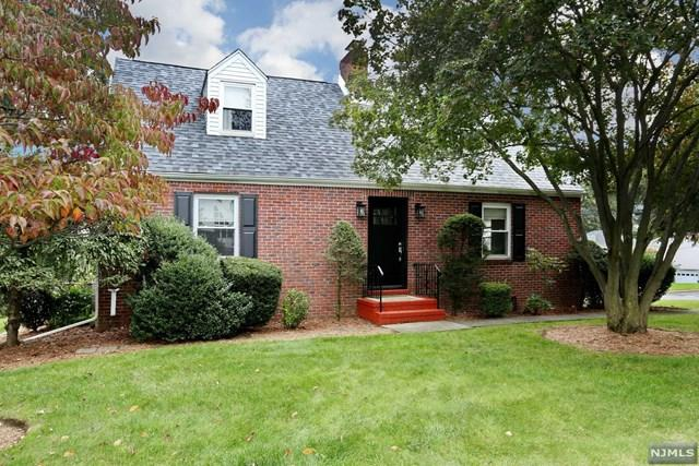 512 Mackay Avenue, Oradell, NJ 07649 (#1841883) :: Group BK