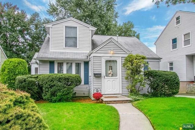 73 Lakeview Street, River Edge, NJ 07661 (MLS #1842070) :: The Dekanski Home Selling Team