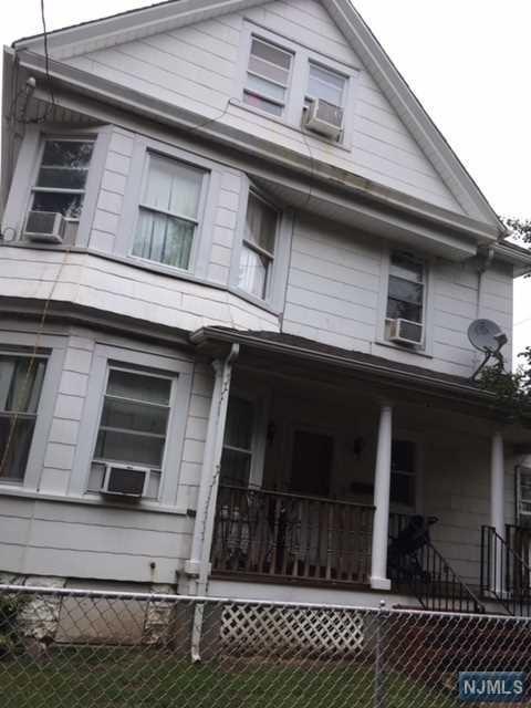 32 Overlook Avenue, Belleville, NJ 07109 (MLS #1842137) :: William Raveis Baer & McIntosh
