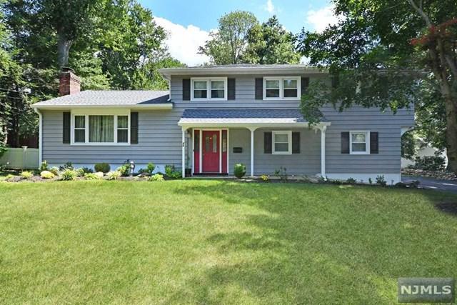 86 Burma Road, Midland Park, NJ 07432 (MLS #1842166) :: The Dekanski Home Selling Team