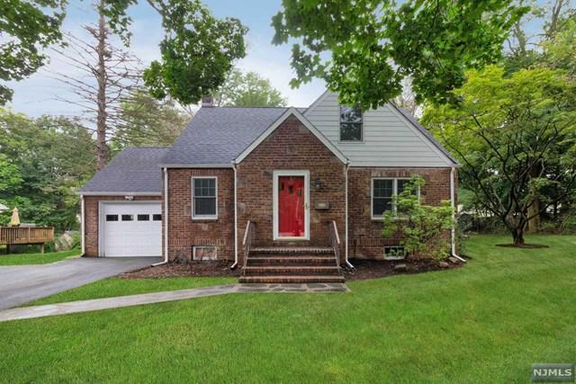 59 Knickerbocker Road, Closter, NJ 07624 (MLS #1842292) :: William Raveis Baer & McIntosh