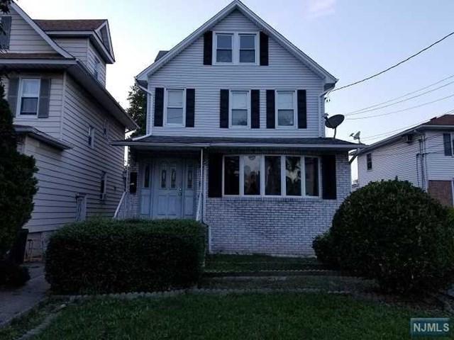 17 Livingston Avenue, Lyndhurst, NJ 07071 (MLS #1842388) :: The Dekanski Home Selling Team