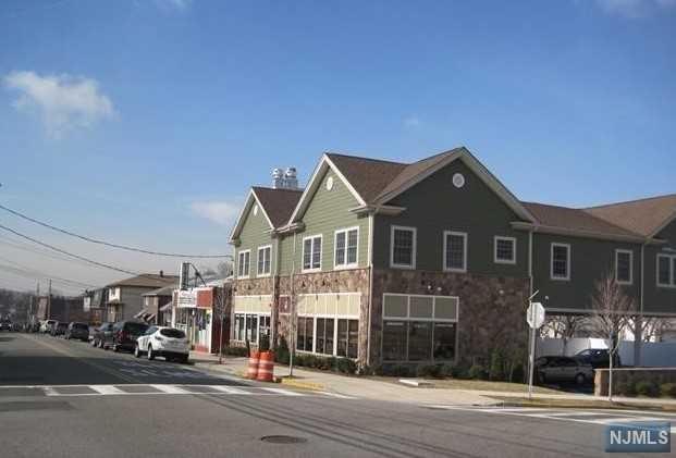 501 Stuyvesant Avenue, Lyndhurst, NJ 07071 (MLS #1842525) :: The Dekanski Home Selling Team