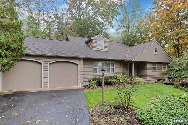 32 Rockledge Road, Montville Township, NJ 07045 (MLS #1842615) :: William Raveis Baer & McIntosh