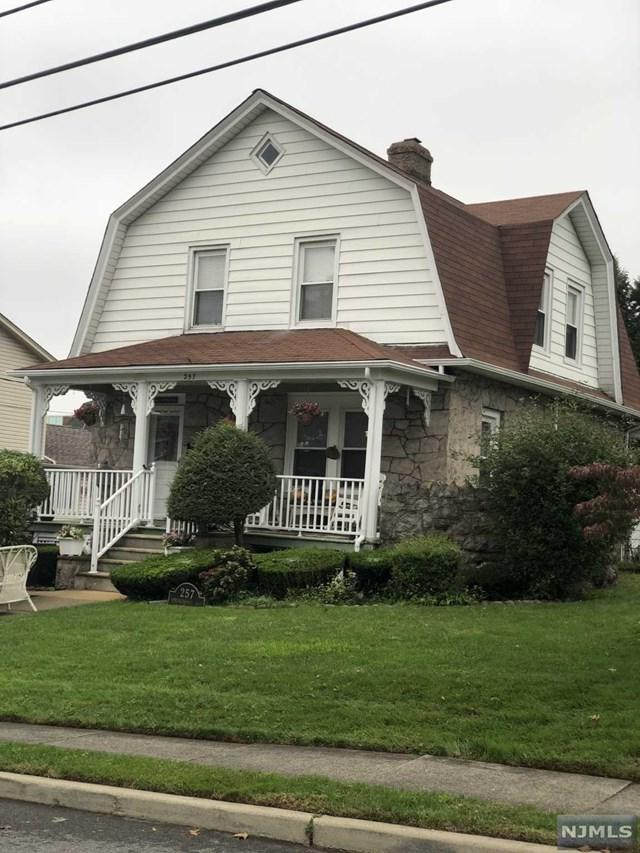 257 Springfield Avenue, Hasbrouck Heights, NJ 07604 (MLS #1842630) :: The Dekanski Home Selling Team