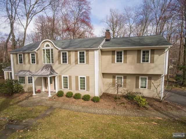 63 Old Farms Road, Woodcliff Lake, NJ 07677 (MLS #1842632) :: William Raveis Baer & McIntosh