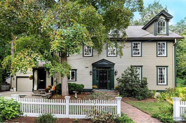 66 Brookside Avenue, Allendale, NJ 07401 (MLS #1842701) :: William Raveis Baer & McIntosh