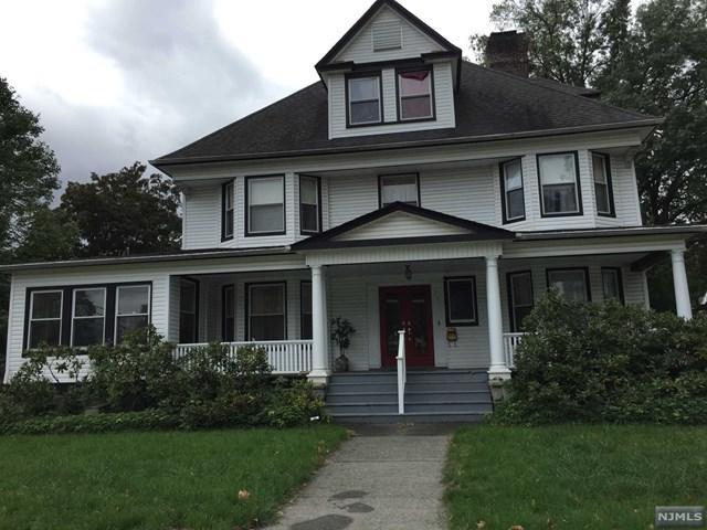 331 Lookout Avenue, Hackensack, NJ 07601 (MLS #1842827) :: The Dekanski Home Selling Team
