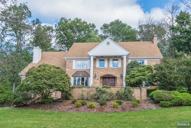 14 Garrity Terrace, Montville Township, NJ 07058 (MLS #1842840) :: William Raveis Baer & McIntosh