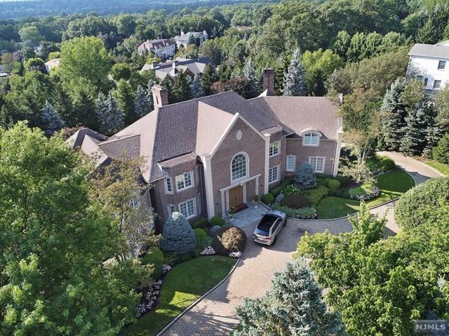 97 Hoover Drive, Cresskill, NJ 07626 (MLS #1842867) :: The Dekanski Home Selling Team