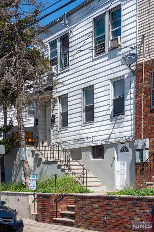 75 Carlisle Avenue, Paterson, NJ 07501 (#1842941) :: Group BK