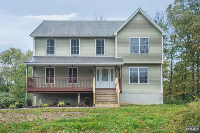 834 Warwick Turnpike, West Milford, NJ 07421 (MLS #1842998) :: The Dekanski Home Selling Team