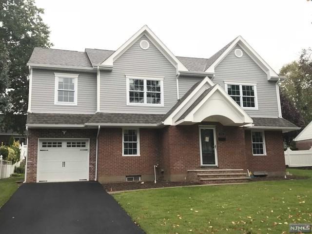 426 Lafayette Avenue, River Edge, NJ 07661 (MLS #1843018) :: The Dekanski Home Selling Team