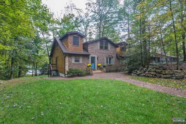 241 Bearfort Road, West Milford, NJ 07480 (MLS #1843099) :: The Dekanski Home Selling Team