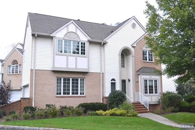 1028 Smith Manor Boulevard, West Orange, NJ 07052 (MLS #1843134) :: William Raveis Baer & McIntosh