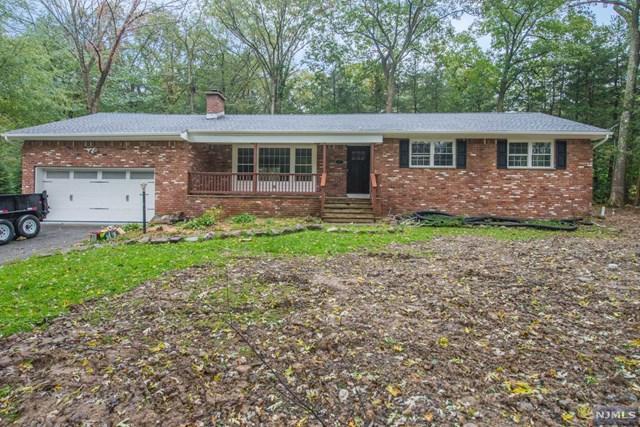 7 Coolidge Terrace, West Milford, NJ 07480 (MLS #1843148) :: The Dekanski Home Selling Team