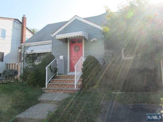18 Leo Place, Lodi, NJ 07644 (MLS #1843218) :: William Raveis Baer & McIntosh