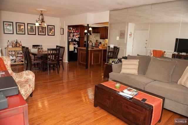 462A Liberty Street #102, Little Ferry, NJ 07643 (MLS #1843227) :: William Raveis Baer & McIntosh