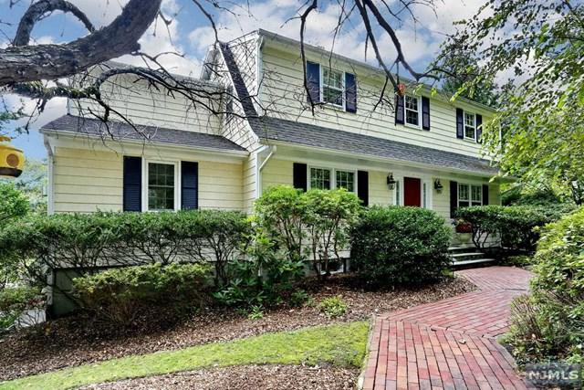 10 Hillside Avenue, Upper Saddle River, NJ 07458 (MLS #1843287) :: William Raveis Baer & McIntosh
