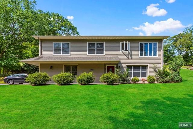 1245 High Mountain Road, North Haledon, NJ 07508 (#1843339) :: Group BK