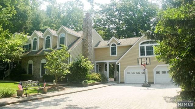 235 Haven Road, Franklin Lakes, NJ 07417 (MLS #1843646) :: The Dekanski Home Selling Team