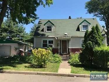 97 Prospect Terrace, Teaneck, NJ 07666 (MLS #1843734) :: The Dekanski Home Selling Team