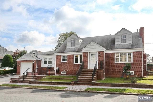 440 Collins Avenue, Hasbrouck Heights, NJ 07604 (MLS #1843826) :: William Raveis Baer & McIntosh