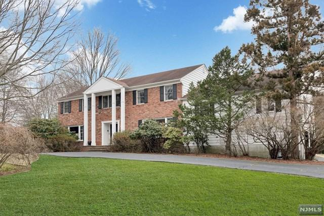 320 Westwind Court, Norwood, NJ 07648 (MLS #1843830) :: William Raveis Baer & McIntosh