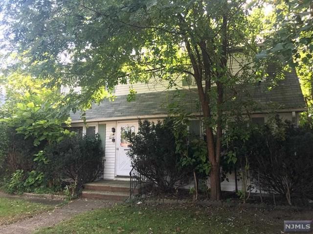 20 E Tryon Avenue, Teaneck, NJ 07666 (MLS #1843853) :: The Dekanski Home Selling Team